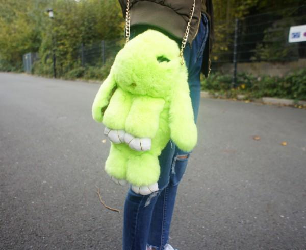 Felltasche Hase hellgrün